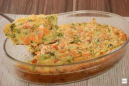 Torta de liquidificador de legumes com queijo