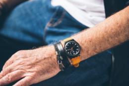 O professor, o aluno e o relógio roubado