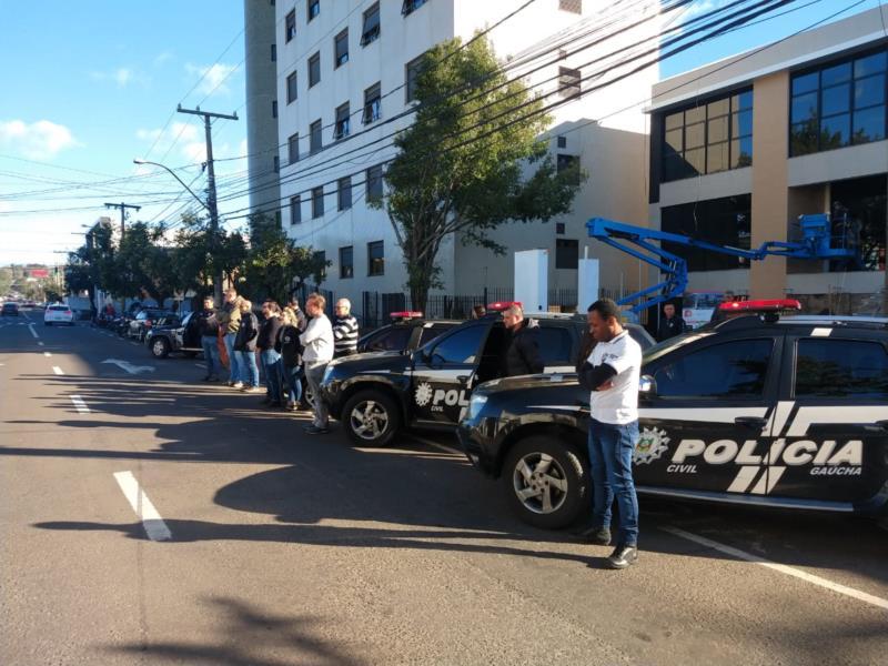 Policiais se uniram para homenagear inspetora morta em tentativa de assalto
