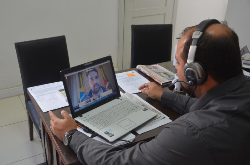 Videoconferência ocorreu na manhã desta sexta-feira