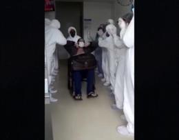 VÍDEO: Primeiro morador de Santa Cruz internado na UTI tem alta