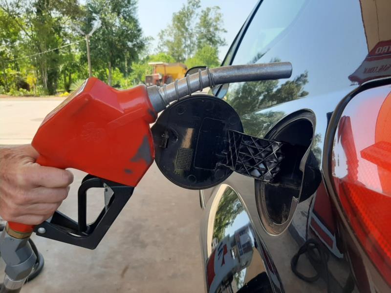 Semana tem gasolina por menos de R$ 4 em postos de combustíveis de Santa Cruz
