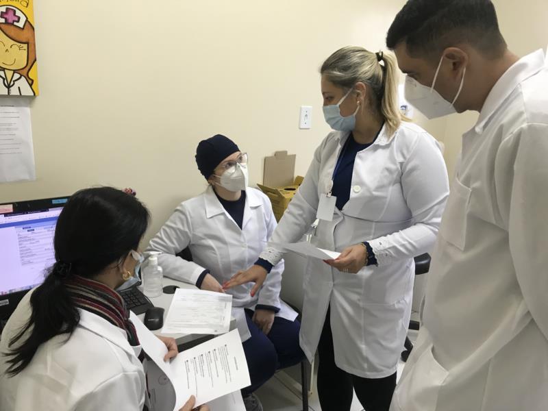 Profissionais dos postos que atuarão na aplicação dos testes rápidos estão sendo testados e capacitados ao longo desta semana