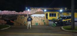 PRF prende três traficantes com duas toneladas de maconha e 85 quilos de cocaína na BR-386